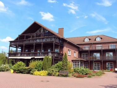 Im Sommer 2014 hat die PERFEKTA Pflege die alteingesessene Seniorenresidenz zwischen Weser und Aller...