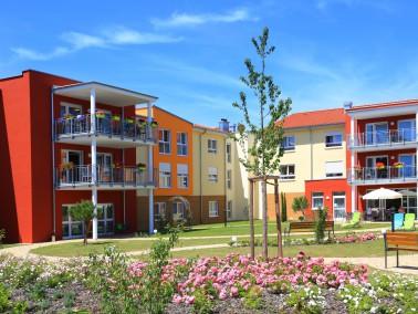 Seniorenresidenz Haus Carolin in Offenbach / Queich   Die Verbandsgemeinde Offenbach wurde 1971 aus...