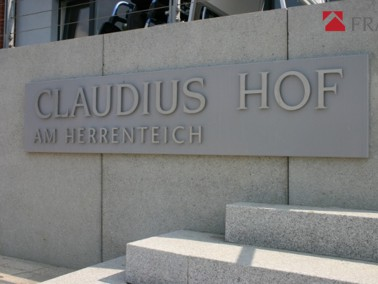 Die Seniorenwohnanlage Matthias-Claudius-Hof am Herrenteich wurde in direkter Nähe zum Ortszent...