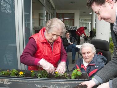SeniorenWG! Noch freie Plätze!   Das Haus am Beerenpfuhl liegt direkt am  Landscha...