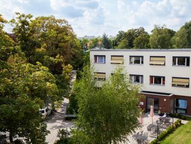 Unser Haus    Das Seniorenheim Hohensteiner Straße wurde 1968 erbaut und zuletzt 2008 umfasse...