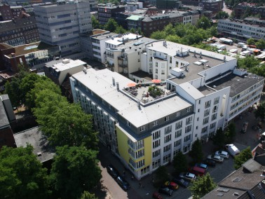Lage der K&S Seniorenresidenz Hamburg-Harburger Sand     Die behaglich eingerichtete Seniorenres...