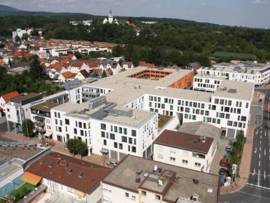 Lage der K&S Seniorenresidenz Kelkheim     Die behaglich eingerichtete Seniorenresidenz liegt ze...