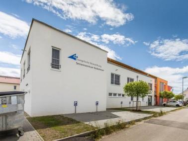 Das von der Evangelischen Heimstiftung betriebene Seniorenzentrum Goldscheuer liegt im Ortsteil Kehl...