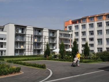 Das Haus am Maienplatz, eine Einrichtung der Evangelischen Heimstiftung, befindet sich mitten in B&o...