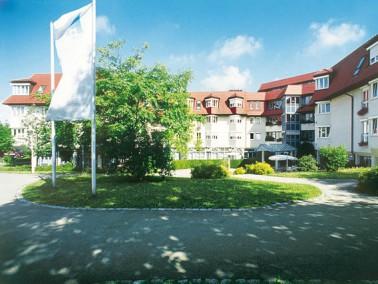 In bevorzugter Höhenlage, etwa 60 Meter über dem Neckar, fügt sich das Paul-Collmer-H...