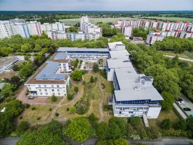 Inmitten der Großstadt und in ruhiger Lage befindet sich das Vitanas Senioren Centrum Mär...