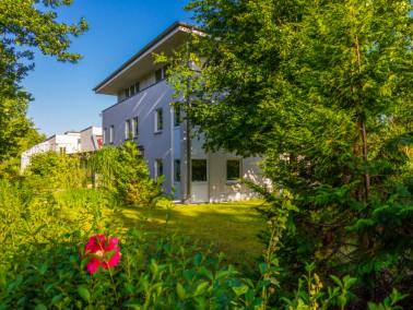 """Individuelle Pflege in der Alloheim Senioren-Residenz """"Lichterfelde""""    Häufig sin..."""