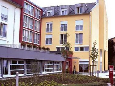 Ruhig am Ortsrand und doch nah zur Gießener Innenstadt liegt das Seniorenzentrum Annerod. Dire...