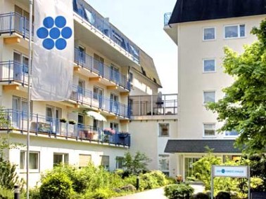 Unweit der Finanzmetropole Frankfurt liegt die historische Kurstadt Bad Nauheim. Sie ist eine gelung...