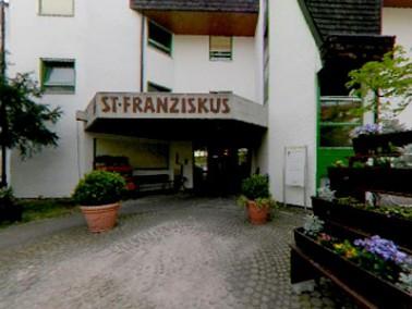 Nur wenige Kilometer von Pforzheim entfernt im nordwestlichen Baden-Württemberg gelegen, befind...