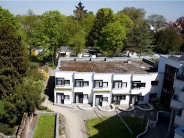 Umgebung     Karlsruhe, die drittgrößte Stadt des Landes Baden-Württemberg, wird im ...