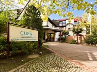 Zeven und Umgebung   Das CURA Seniorencentrum Zeven liegt zentral im Herzen der gleichnamigen Stadt...