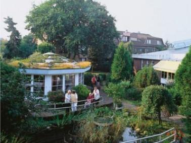 Der Senioren-Wohnpark Langen liegt im Zentrum des Städtchens Langen. Eine großzügig ...