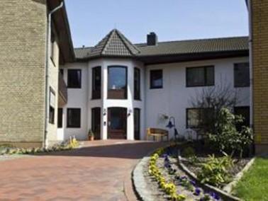 Das Seniorenhaus Osmers ist eine Einrichtung für vollstationäre Pflege in der niedersächsischen Geme...