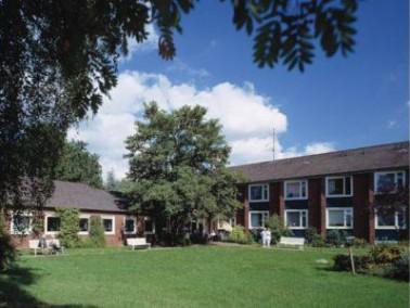 Das Haus Stephansruh befindet sich in Kleefeld, einem Stadtteil im Osten Hannovers, der Landeshaupts...