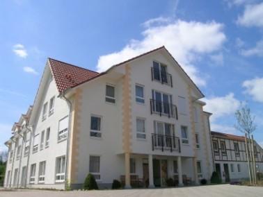 Das DRK-Altenzentrum Stolzenau liegt in zentraler Lage und in direkter Nachbarschaft der Mittelweser...