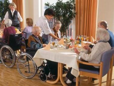 senioren und pflegezentrum dresdner hof in leipzig auf. Black Bedroom Furniture Sets. Home Design Ideas