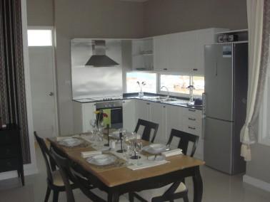 golden city white villas hua hin in hua hin auf wohnen im. Black Bedroom Furniture Sets. Home Design Ideas