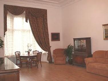wohngemeinschaft berlin sch neberg in berlin mitte auf wohnen im. Black Bedroom Furniture Sets. Home Design Ideas