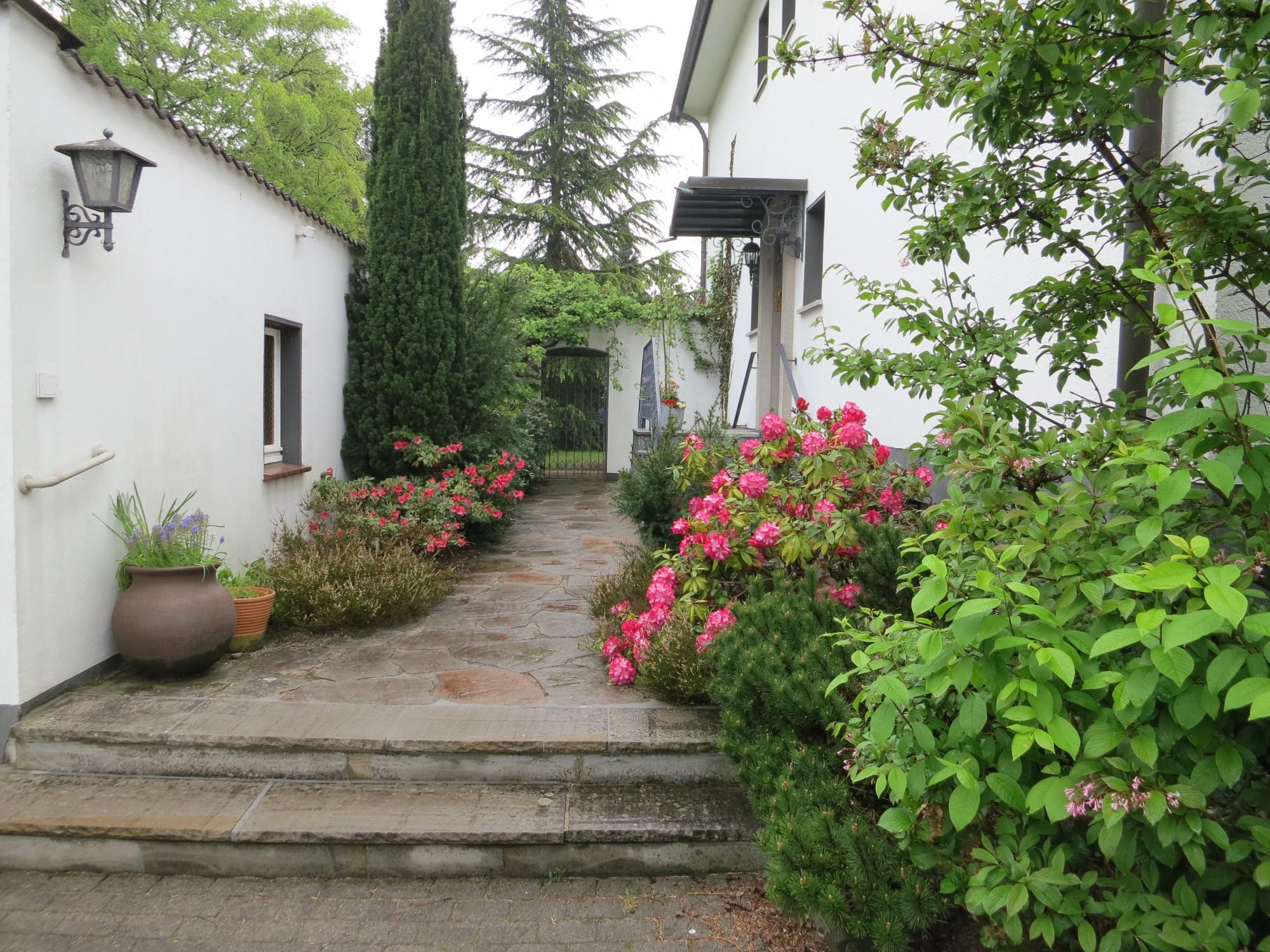 villa hoxbach gemeinsam besser leben in hilden auf wohnen im. Black Bedroom Furniture Sets. Home Design Ideas
