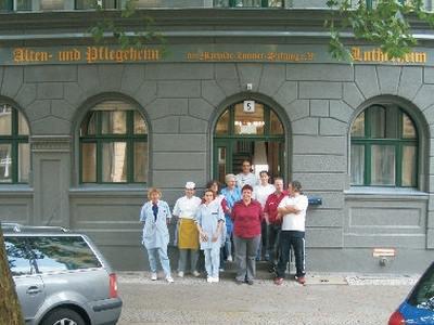 alten und pflegeheim lutherheim in berlin kreuzberg auf. Black Bedroom Furniture Sets. Home Design Ideas