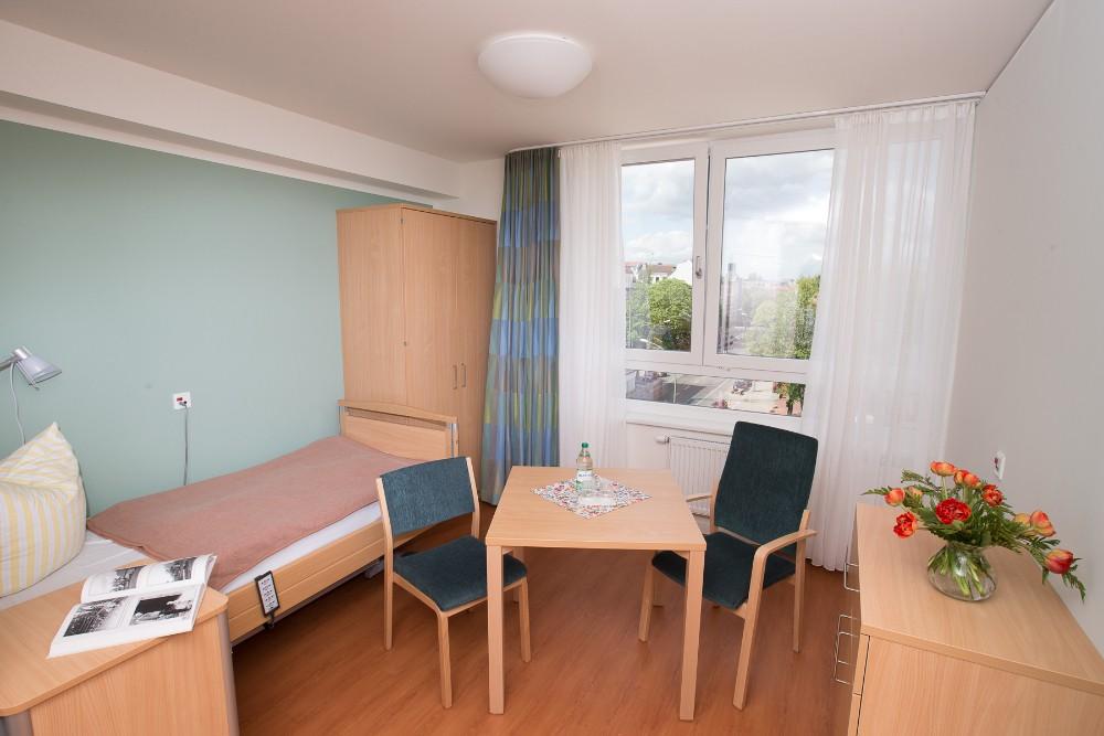 evangelisches charlottenheim in berlin auf wohnen im. Black Bedroom Furniture Sets. Home Design Ideas