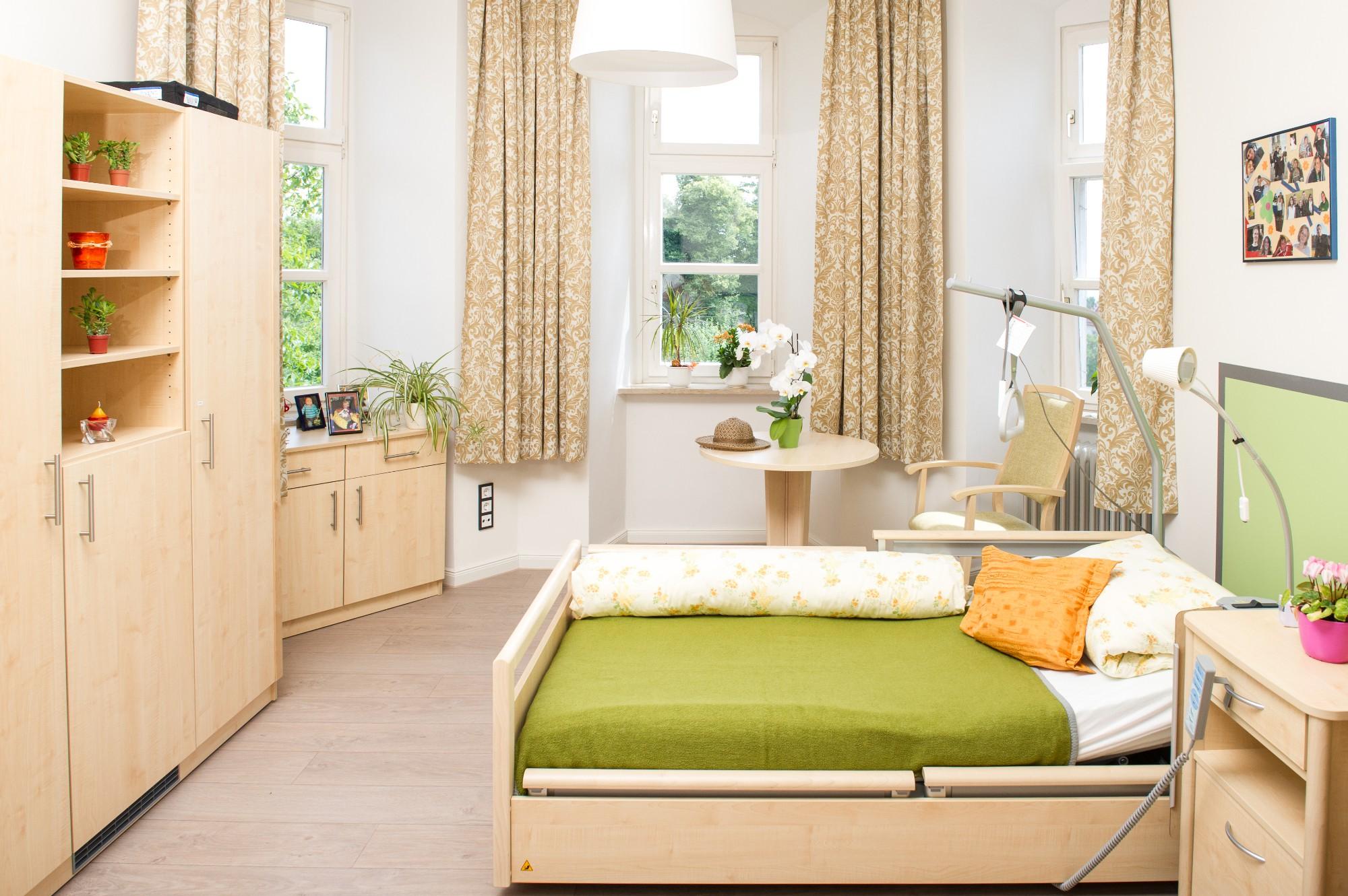 schloss hochaltingen haus st marien in fremdingen auf wohnen im. Black Bedroom Furniture Sets. Home Design Ideas