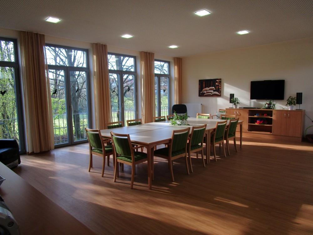 tagesnest f r senioren ihre tagespflege region hildesheim in holle auf wohnen im. Black Bedroom Furniture Sets. Home Design Ideas