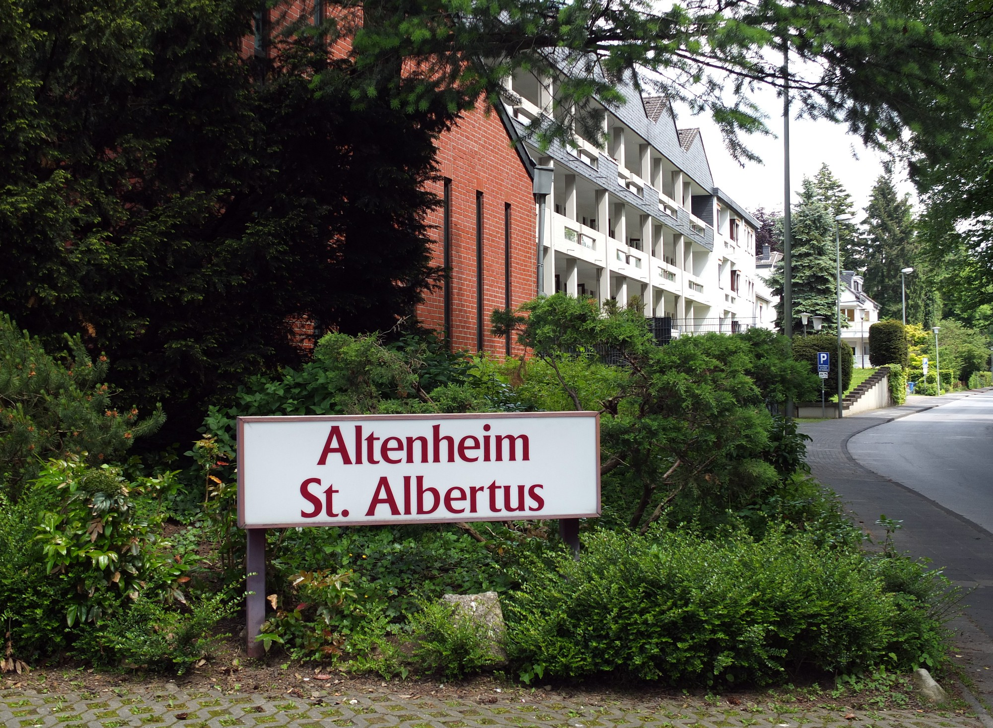 Altenheim St Albertus In Leverkusen Auf Wohnen Im Alter De