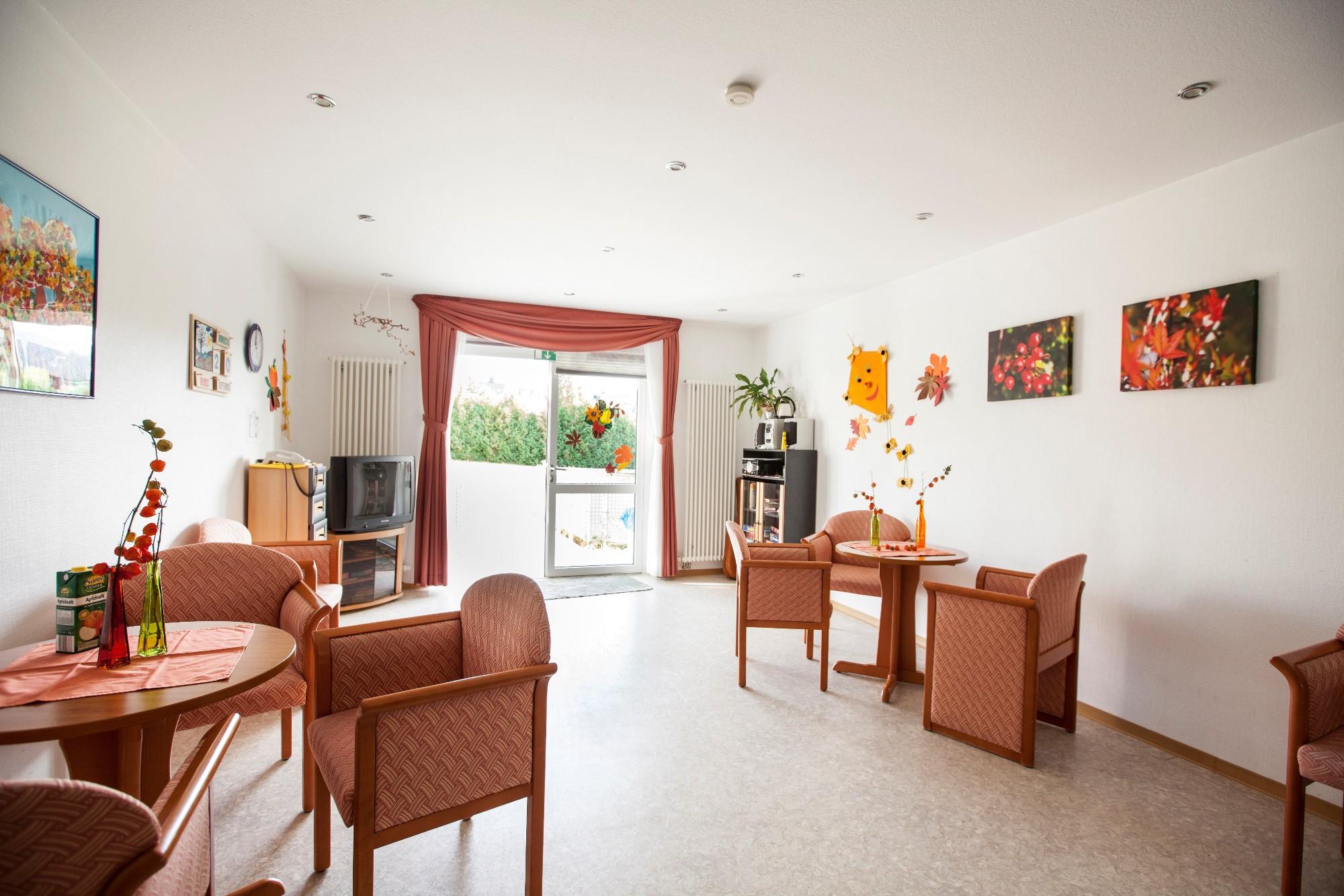 seniorenheim schwann gmbh in straubenhardt auf wohnen im. Black Bedroom Furniture Sets. Home Design Ideas