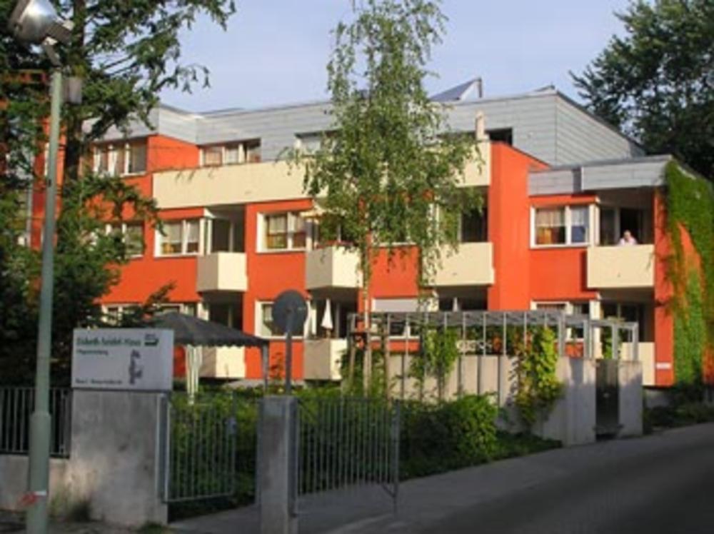 elsbeth seidel haus gemeinn tzige pflegeeinrichtung in berlin grunewald auf wohnen im. Black Bedroom Furniture Sets. Home Design Ideas