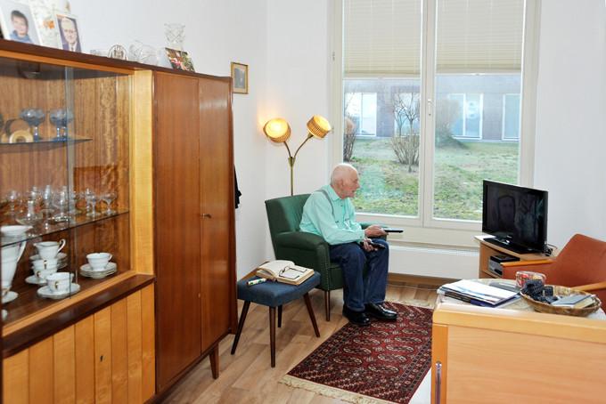 senioren wg blume in berlin auf wohnen im. Black Bedroom Furniture Sets. Home Design Ideas