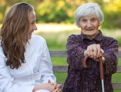 Pflegehelfer-in
