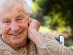 Altenpflegehelferin/Altenpflegehelfer für die Diakoniestation